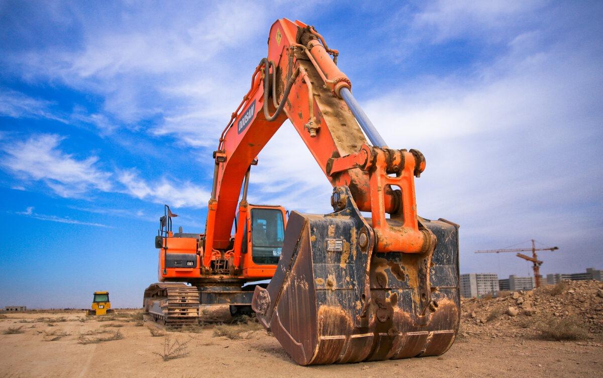 Excavator AusLoadShifting